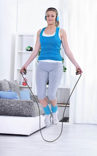 Fitness im Hotelzimmer: Springseil, Hanteln und Co. gibt's an der Rezeption
