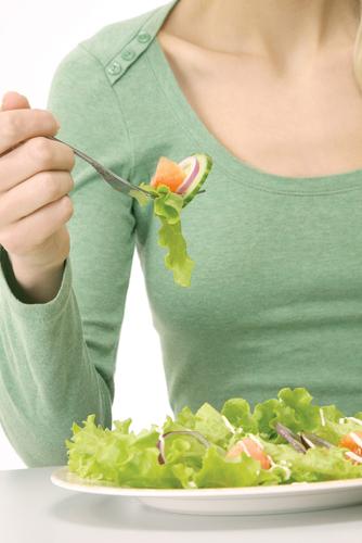 Vegane Ernährung: der Verzicht auf tierische Produkte kann zu Mangelerscheinungen führen