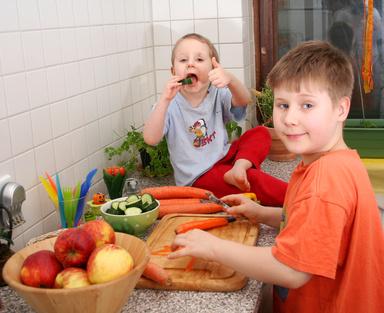 kinder in der Küche © sil007 - Fotolia.com