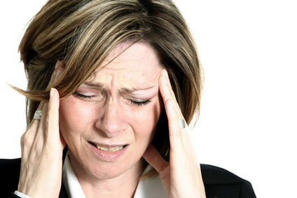 Frau hat Migräne