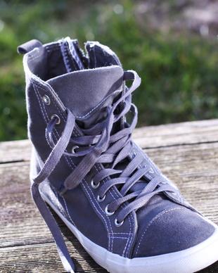 gute-spotschuhe-und-stylische-sneakers-fitfacts.de