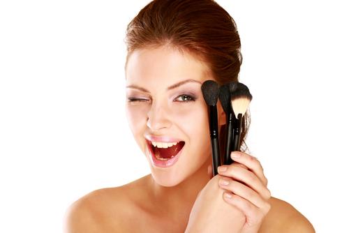 Das perfekte Sport-Make-up: natürlich und pflegend