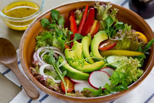 Avocado im Salat